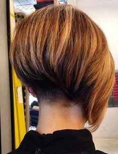 64 Wavy Bob Hairstyles That Look Gorgeous And Stunning - Hairstyles Trends Bob Hairstyles 2018, Stacked Bob Hairstyles, Asymmetrical Hairstyles, Short Hairstyles For Women, Bob Haircuts, Black Girl Bob Hairstyles, Popular Hairstyles, Short Hair Cuts, Short Hair Styles