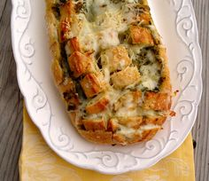 Cheesy Pesto Pull-Apart Bread. Ryan will love this & I love this site because everything is SO easy!!!