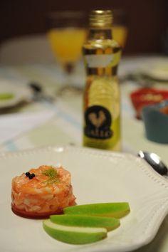 Tártaro de salmão com maça verde e vinagre de limão Gallo