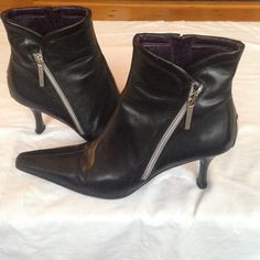 Leather Donald J Pliner Boots Leather boots in good condition! Comfortable and worn twice. I will take reasonable offers! Please ask questions :) Donald J. Pliner Shoes Ankle Boots & Booties
