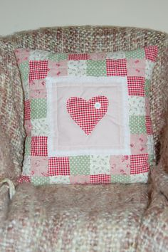 Patchwork cushion, like the construction