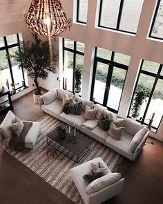 #luxuryinteriors #luxurydesign #decor #interiors #moderndesign #realestate #decoration #deco #decorationinterieur #homedecor #design #homedecor #interiordesign #interiordecor #moderndesign #designidea #interiordesign2019 #designtrend #homedecorating #livingroomdesign #livingroom #livingroomideas #livingroominspo #livingroom2019