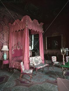 Chatsworth House Interior | The State Bedroom, Chatsworth House, Derbyshire.