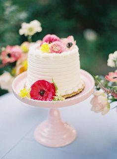 Garden Party Wedding, Mod Wedding, Wedding Shoot, Wedding Ideas, Blue Wedding, Wedding Desserts, Wedding Reception Decorations, Wedding Decor, Beautiful Wedding Cakes