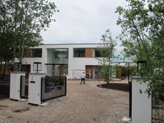 Meer dan 1000 idee n over voortuin ingang op pinterest kleine tuinen - Exterieur ingang eigentijds huis ...
