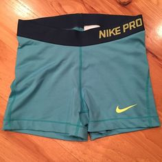 Nike Pro Shorts Nike Pros in good used condition! Nike Shorts