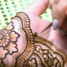 Awesome Step by Step Mehndi Designs with Videos for All Type Functions - 2019 Rose Mehndi Designs, Henna Art Designs, Mehndi Designs For Girls, Indian Mehndi Designs, Stylish Mehndi Designs, Mehndi Designs For Fingers, Wedding Mehndi Designs, Mehndi Design Pictures, Latest Mehndi Designs