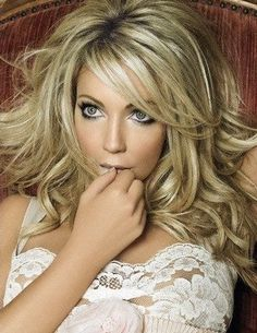 early pictures of heather locklear - Yahoo! Beautiful Celebrities, Beautiful Actresses, Heather Locklear, Blonde Actresses, How To Pose, Hot Blondes, Big Hair, Classic Beauty, Beautiful Eyes