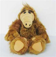 I loved alf! I still have mine. Here kitty kitty kitty!!! Lets go check out the fridge