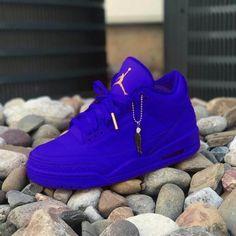 Jun 2019 - Top 10 Air Jordan Custom Sneakers - Page 5 of 10 - WassupKicks Nike Shoes Blue, Cute Nike Shoes, Cute Sneakers, Nike Air Shoes, Shoes Sneakers, Air Jordan Sneakers, Jordan Shoes Girls, Jordans Girls, Girls Shoes