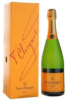 Check out our list of the 10 Most Popular Champagne Brands internationally. Most are absoloutely delicious and you must try them before you die. Champagne Brands, Champagne Glasses, Rum Bottle, Liquor Bottles, Whiskey Bottle, Master Of Malt, Veuve Clicquot, Vintage Wine, Wine Pairings