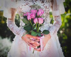 YolanCris |Maravillosas imágenes de la editorial de Paula G. Furió con vestido Carmona de YolanCris de la colección Couture Treasure  #bridaleditorial #photography #brides #weddingdress #bridalgown #original #shortbridalgown #vintage #romantic #stylish #hautecouture #handmade #wedding #novias #noivas #sposa #love