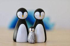 Penguin family peg dolls