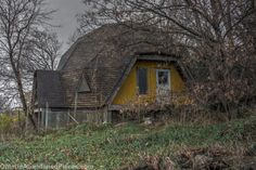 Exploring a unique dome shaped building in Ontario. #abandoned #rural #decay #abandoned #Ontario