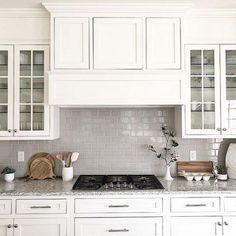 You Need To Know White Shaker Kitchen Cabinets Farmhouse Subway Tile Backsplash 6 Shaker Style Kitchen Cabinets, Shaker Style Kitchens, Kitchen Cabinet Styles, Kitchen Tiles, New Kitchen, Home Kitchens, Kitchen Design, Kitchen Decor, Kitchen Grey