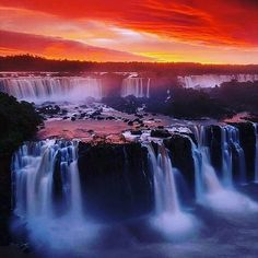 Beautiful #sunset in #IguazuFalls. Regram via @littleladyworrall #colours #waterfalls #SouthAmerica #Travel Explore this in the Iguazu Falls Escape Tour: http://www.boutiquesouthamerica.com.au/product/iguazu-falls-escape/