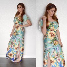 O look completo! Simplesmente amando essa estampa, o tecido e o caimento desse vestido, não tinha como ser mais lindo! 💙