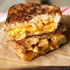 BBQ Chicken Grilled Cheese | foodvee