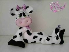 Free Pattern - scroll down Sewing Toys, Sewing Crafts, Sewing Projects, Easter Arts And Crafts, Diy And Crafts, Doll Patterns Free, Sewing Patterns, Free Pattern, Animated Cow