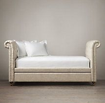 Chesterfield Daybed...96---44---46h...has trundle