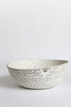 http://www.goboroot.com/wp-content/uploads/2013/04/bowl_by_Janaki_Larsen.jpg