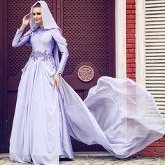 Pâyesi kendi zarafetinde #SHEEVA #SheevaBridal #sheevacouture #moda #beauty #woman #wedding #elite #event #elegance #royal #özeldikim #breathtaking #bridal #abiye #dress #fashion #gown #Hijab #Hijabi #hijabstyle #hautecouture #hijabfashion #couture #Koşuyolu68 #HÜRREM by sheevaofficial