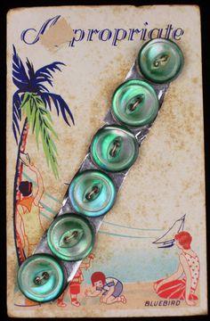 ButtonArtMuseum.com - Rare Antique Aqua Pearl MOP Buttons Original Color Graphic Store Card
