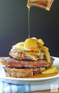 Apple Cinnamon French Toast @FoodBlogs