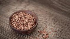 Obyčejné droždí je jedním z nejúčinnějších prostředků pro silné a lesklé vlasy - FarmaZdravi.cz Low Fiber Diet, Fiber Rich Foods, Omega 3, Cellulite, Superfood, Masala Khichdi, Biggest Breast Size, Flax Seed Crackers, Flax Seed Benefits