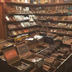 /// Inside the humidor at Old Oaks Cigar & Wine Co. – Thousand Oaks, CA