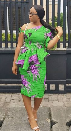 I've selected some amazing trendy ankara styles for you to rock this festive season. This time it's the latest African Print Dress that will make people African Dresses For Women, African Print Dresses, African Print Fashion, Africa Fashion, African Fashion Dresses, African Attire, African Wear, African Women, African Clothes