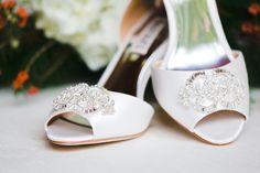 Alabama Wedding Planner, Becky's Brides - Real Wedding - Kelly and Joe - Photo: Mary Margaret Smith  Beautiful Badgley Mischka bridal shoes