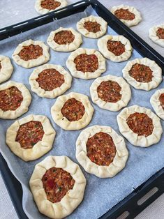 Open Recipe, Diy Epoxy, Lebanese Recipes, Griddle Pan, Pepperoni, Donuts, Muffin, Salsa, Pizza