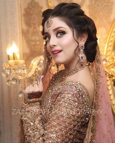 56 Ideas For Pakistani Bridal Makeup Walima Jewelry Pakistani Wedding Outfits, Pakistani Wedding Dresses, Bridal Outfits, Anarkali, Lehenga Saree, Sabyasachi, Indian Dresses For Girls, Girls Dresses, Pakistani Bridal Makeup