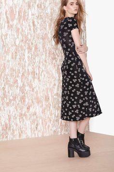 Daisy Craze Dress - Dresses