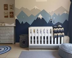 Bjorn's mountain bear nursery. 3weeks to go! #37weekspregnant
