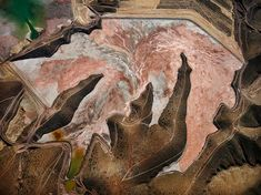 Morenci Mine, Morenci, Ariz. Credit Edward Burtynsky/Howard Greenberg Gallery Edward Burtynsky's Mesmerizing Images of Copper Mines - The New York Times