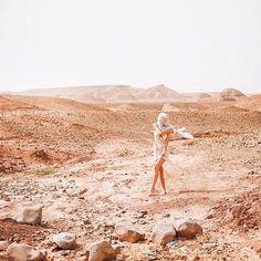 JULIA 🌺 T R A V E L L E R (@chicchoolee) • Instagram-Fotos und -Videos Hotels, Strand, Monument Valley, Videos, Nature, Travel, Instagram, Road Trip Destinations, Travel Inspiration