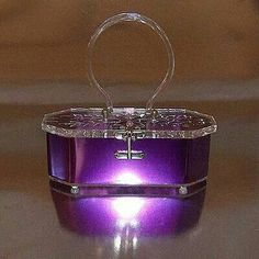 Vintage purple lucite purse..Love!...