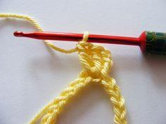 38 Ideas For Crochet Heart Diagram Photo Tutorial Knitted Heart Pattern, Crochet Mittens Pattern, Crochet Cowl Free Pattern, Crochet Amigurumi Free Patterns, Crochet Flower Patterns, Crochet Diagram, Crochet Flowers, Crochet Chain, Freeform Crochet