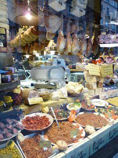 """""""Mercado delle Erbe"""", Bologna Italia (Marzo)"""