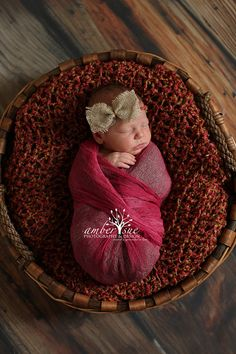 Newborn Photo Prop Baby Girl Burlap Bow Tie by crochetbynicolelynn Newborn Photography . Photography Prop