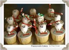 Cute teeth cupcakes.. passionate cakes by kim