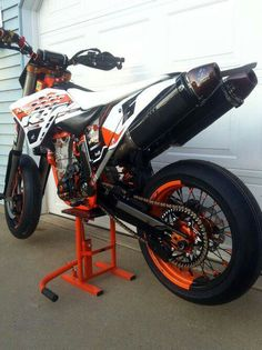 Better than sex, I want a ktm motard so bad!!!