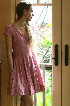 How to make a picnic dress