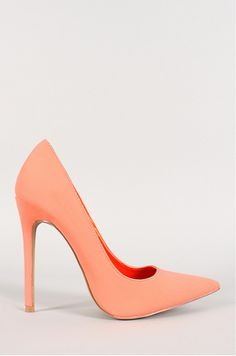 Pointy Toe Stiletto Pump www.ScarlettAvery.com