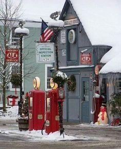 """Christmas Time in New England. I'd like to go here, but WHERE is """"New England""""? Christmas Scenes, Noel Christmas, Little Christmas, Country Christmas, All Things Christmas, Winter Christmas, Vintage Christmas, Xmas, 1950s Christmas"""