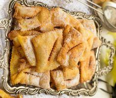 Ποντιακά ωτία | Συνταγή | Argiro.gr Snack Recipes, Snacks, Apple Pie, Chips, Desserts, Food, Snack Mix Recipes, Tailgate Desserts, Appetizer Recipes