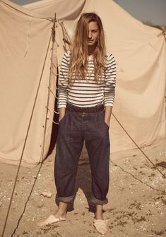 Follow the nomadic path of the sunshine collectors with our new Maison Scotch and Scotch