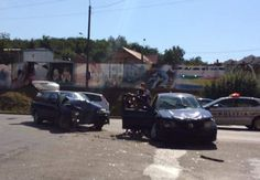 Frontális ütközés a terelőúton, a kövesdombi kitérőnél http://ahiramiszamit.blogspot.ro/2016/09/frontalis-utkozes-terelouton-kovesdombi.html